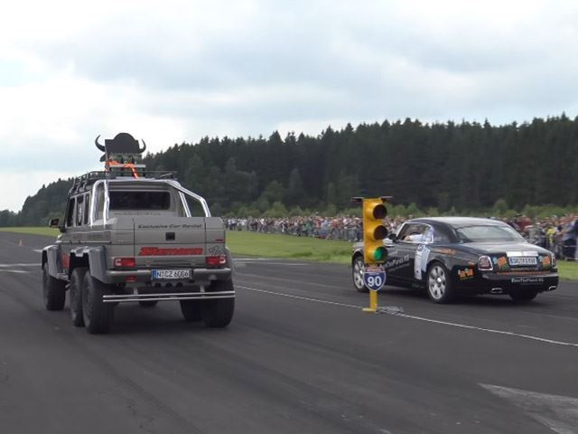 A Mercedes-Benz G63 AMG 6X6 Drag Racing Is As Insane As It Sounds