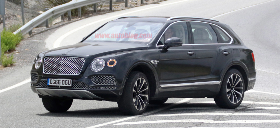 Bentley Bentayga to add gasoline V8 before plug-in hybrid powertrains bows