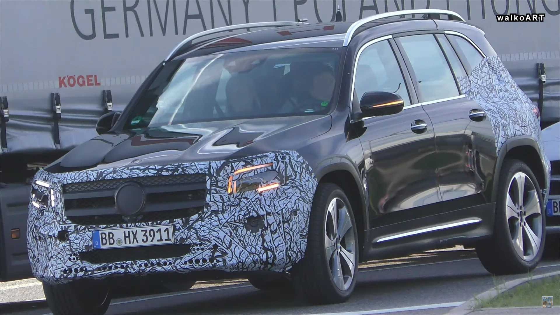 2020 Mercedes GLB Spied With Less Camo Than Ever Before