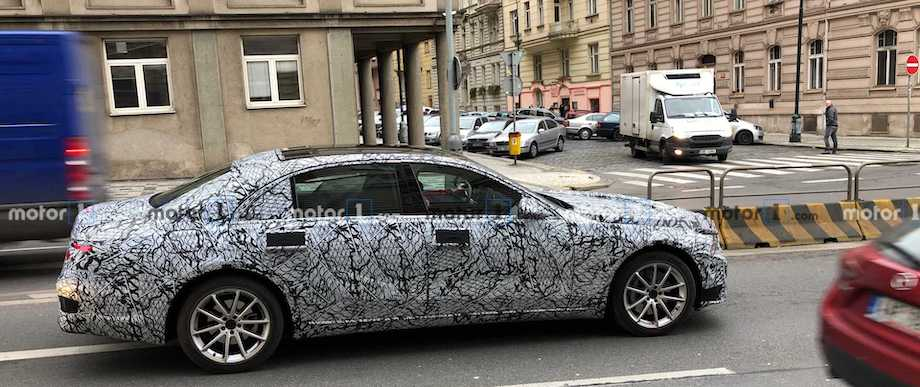 All-New Mercedes S-Class Spotted In Prague