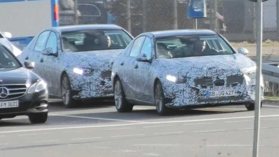 New Mercedes C-Class Spied In Busy German Traffic