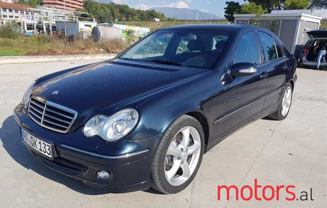 2004 Mercedes-Benz C 220 in Tirane, Albania