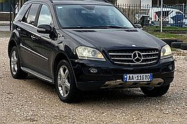 2005' Mercedes-Benz ML 320