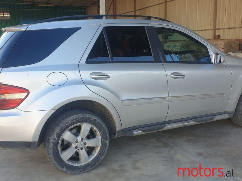 2006 Mercedes-Benz ML 500 in Tirane, Albania