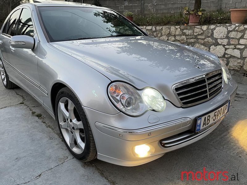 2004 Mercedes-Benz 240 in Durres, Albania